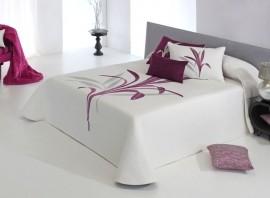 Cuvertura de pat LYNETTE purple, dimensiune 280 cm x 270 cm